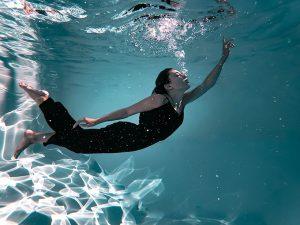 ahorrar-agua-piscina