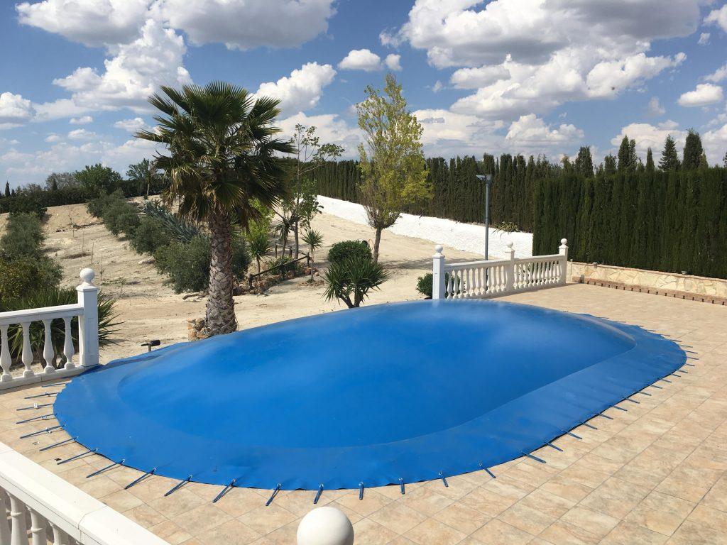 cobertores-para-piscinas